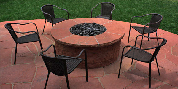 Red flagstone fire pit.