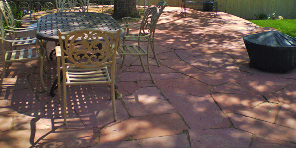 Flagstone patio entertaining area.