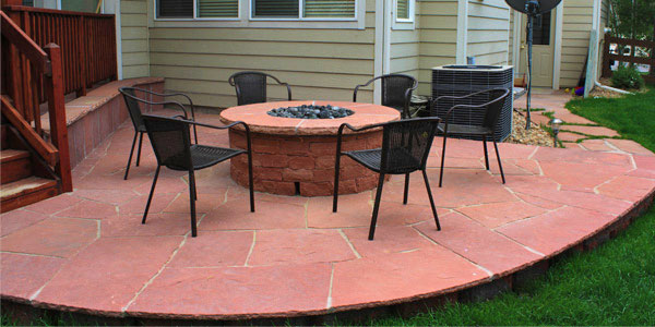 Round flagstone installation in Broomfield, CO.