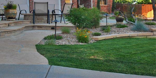 Front yard landscaping ideas for metropolitan Denver.