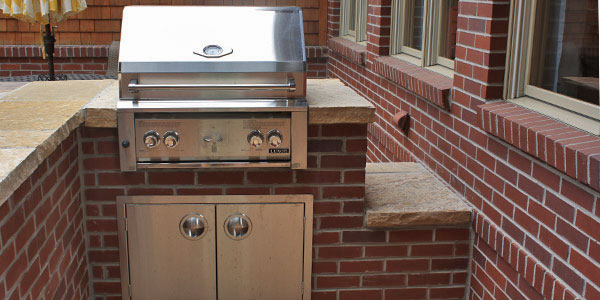 Best outdoor kitchen installers in Denver, CO.