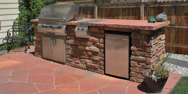 Custom outdoor kitchen design and installation for the Denver area.