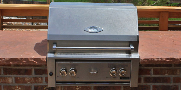 Built-in natural gas grills by Backyards Plus.