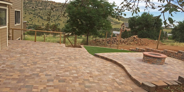 Lakewood, CO paver patio designers and installers.