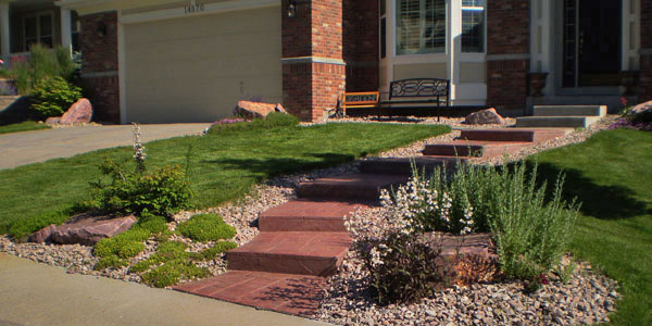Hardscape steps by Backyards Plus.